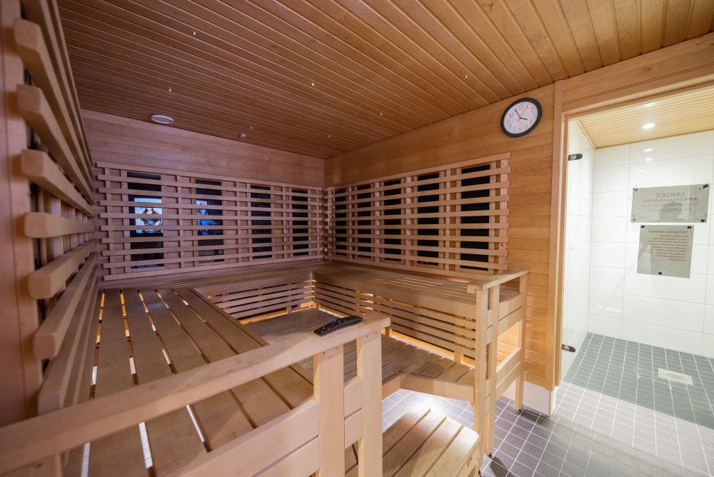 kuntosali_vantaa_fressi_myyrmaki_sauna